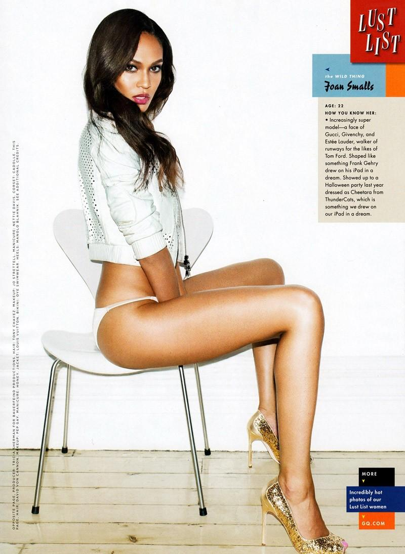 Joan Smalls very hot