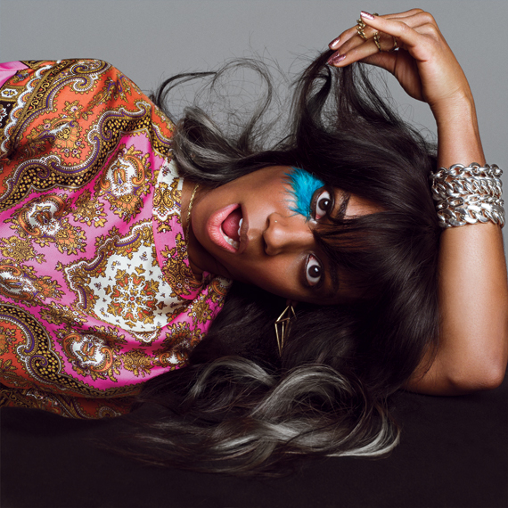 Black and Gold-VMagazine(75) -Santigold